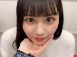 日向坂46・渡邉美穂の「あごのせ動画」=『日向撮VOL.01』公式ツイッターより