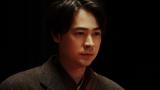 大山社長の話を聞く一平(成田凌)(C)NHK
