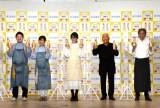 『タカラ レシピコンテスト2021』の記者発表会に参加した(左から)ぐっち夫婦、ギャル曽根、服部幸應、佐々木浩 (C)ORICON NewS inc.