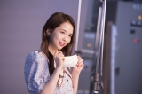 MAYAは撮影に使用したポップコーンに「おいしそう〜いいにおい!」とハイテンション