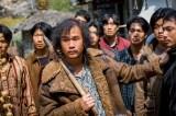 ジョン・ホの出演シーン=韓国映画『スレイト』6月25日より公開 (C)2020 CONTENTS VILLAGE and MCMC