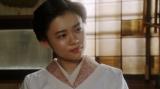 寛治の話を聞く千代(杉咲花)=連続テレビ小説『おちょやん』第19週・第94回より (C)NHK