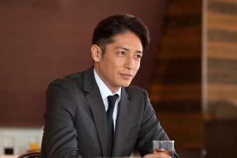 上條漣(玉木宏)=テレビ朝日系木曜ドラマ『桜の塔』第1話より (C)テレビ朝日