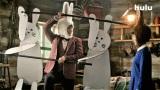 Huluの新CM『ライブTV編』に出演する平野紫耀(King & Prince)、杉咲花 (C)Hulu