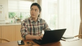 コカ・コーラ『ジョージア』の新TVCMに出演する山田孝之