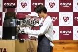 『コスタ ブラック』『コスタ カフェラテ』発売記念イベントに出席した磯村勇斗