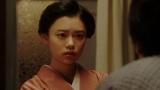 一平と話しをする千代(杉咲花)=連続テレビ小説『おちょやん』第20週・第97回より (C)NHK