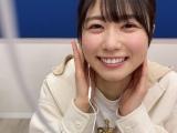 日向坂46・丹生明里の「イヤホン動画」=『日向撮VOL.01』公式ツイッターより