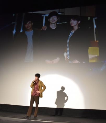 3年前の連ドラ撮影時のオフショットを公開した坂口健太郎=『劇場版シグナル 長期未解決事件捜査班』のプレイバック鑑賞会 (C)ORICON NewS inc.