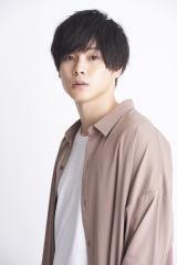 Novelbrightの新曲「愛結び」MVで新郎を演じた柾木玲弥