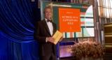 『第93回アカデミー賞』助演女優賞のプレゼンターを務めたブラッド・ピット (C)Getty Images