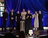 『第93回アカデミー賞』作品賞を受賞した『ノマドランド』チーム(C)Getty Images