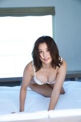 林ゆめ1st写真集『ゆめみごこち』先行カット (C)TAKEO DEC./講談社