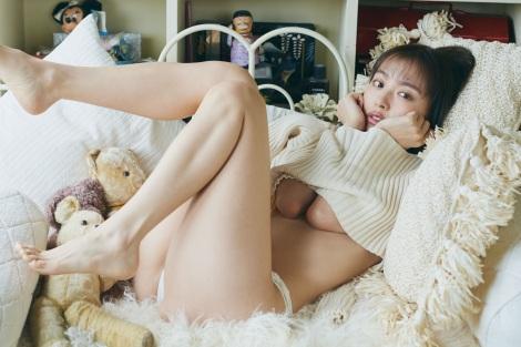 内田理央写真集『タイトル未定』先行カット 撮影/三瓶康友