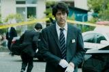 刑事・笘篠誠一郎(阿部寛)=映画『護られなかった者たちへ』(10月1日公開) (C)2021映画「護られなかった者たちへ」製作委員会