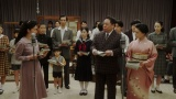 ラジオドラマの1時間特別版の本番中(C)NHK