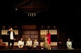 舞台『照くん、カミってる!〜宇曾月家の一族殺人事件〜』より 撮影:田中亜紀