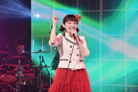 「Chase You up!パトレンジャー」を熱唱した吉田仁美 (C)ORICON NewS inc.