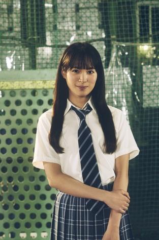 テレビ東京新ドラマ『八月は夜のバッティングセンターで。』でW主演を務める関水渚(C)テレビ東京