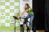 インドアサイクリングを満喫した道端カレン