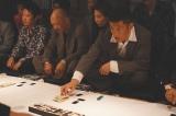 元サッカー日本代表・播戸竜二が俳優デビュー。賭場の男がやけに様になっている。映画『孤狼の血 LEVEL2』(8月20日公開) (C)2021「孤狼の血 LEVEL2」製作委員会
