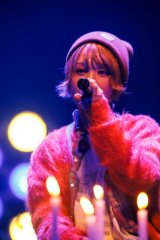 『MTV Unplugged』に出演するBiSHのモモコグミカンパニー photo by sotobayashi kenta