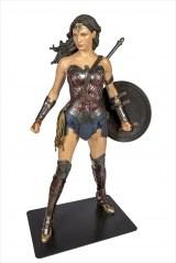 展示エリア:Wonder Woman_パース=『DC展 スーパーヒーローの誕生』 DC SUPER HEROES and all related characters and elements (c) & TM  DC Comics. WB SHIELD: (c)& TM WBEI. (s21)