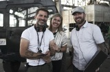 Netflix映画『アーミー・オブ・ザ・デッド』(配信中)メイキング(左から)ザック・スナイダー(監督・プロデューサー・脚本)、デボラ・スナイダー (プロデューサー)、ウェスレイ・コラー(プロデューサー)