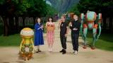 Netflix オリジナルアニメシリーズ『エデン』のスペシャルイベント(左から)A37、氷上恭子、高野麻里佳、伊藤健太郎、入江泰浩(監督)、E92(ロボット)】