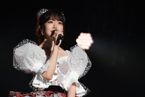 """""""1年越し""""の卒業コンサートを開いた峯岸みなみ (C)AKB48"""
