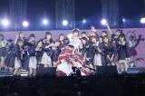 EN4=『17LIVE presents AKB48 15th Anniversary LIVE 峯岸みなみ卒業コンサート〜桜の咲かない春はない〜』(C)AKB48