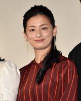 映画『明日の食卓』の初日舞台あいさつに登壇した尾野真千子 (C)ORICON NewS inc.