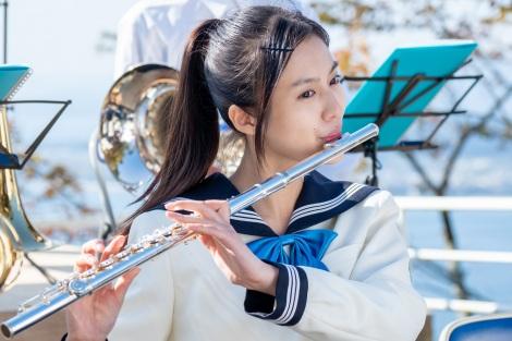 『おかえりモネ』に出演している恒松祐里(C)NHK