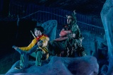 道中で旅の仲間に加わる天邪鬼(あまのじゃく/赤楚衛二)と水龍の背に乗るシーン=映画『妖怪大戦争 ガーディアンズ』(8月13日公開)(C)2021『妖怪大戦争』ガーディアンズ