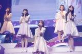2年半ぶりにHKT48のライブに復帰した宮脇咲良(中央) (C)Mercury