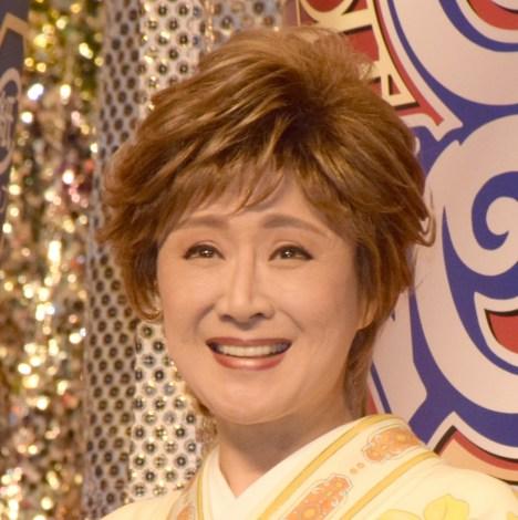 小林幸子、デビュー57年に感謝 10歳の写真が反響「めちゃくちゃかわいい!」   ORICON NEWS