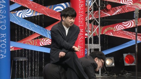 山里亮太&若林正恭『たりないふたり』解散ライブ(C)「明日のたりないふたり」製作委員会