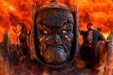 大魔神の肩に乗るケイ(寺田心)と弟ダイ(猪股怜生)(C)2021『妖怪大戦争』ガーディアンズ