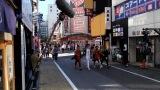 映画『唐人街探偵 東京MISSION』新宿でロケを敢行したシーンのメイキング写真