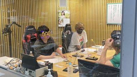 『オードリーのオールナイトニッポン(ANN)』が600回 若林正恭が記念メガネを装着(C)ニッポン放送