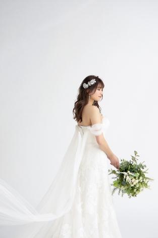 ウェディングドレス姿を披露した久松郁実