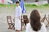 『恋はもっとDeepに —運命の再会スペシャル—』に出演する綾野剛、石原さとみ (C)日本テレビ