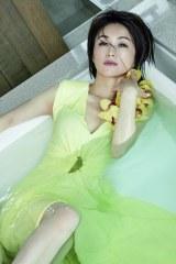 『週刊FLASH』6月15日発売号表紙を飾る酒井法子(C)光文社/週刊FLASH 写真◎LESLIE KEE