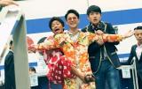 """空港でいきなり手荒すぎる歓迎が!?=映画『唐人街探偵 東京MISSION』(7月9日公開)(C)WANDA MEDIA CO.,LTD. AS ONE PICTURES(BEIJING)CO.,LTD.CHINA FILM CO.,LTD """"DETECTIVE CHINATOWN3"""""""