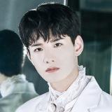 JO1 4THシングル「STRANGER」個人アーティスト写真・佐藤景瑚(C)LAPONE ENTERTAINMENT