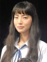 舞台『転校生』公開ゲネプロ後囲み取材に出席した森郁月 (C)ORICON NewS inc.
