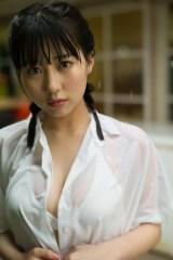 HKT48田中美久 ファースト写真集 通常版表紙(撮影/細居幸次郎)