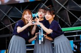 『W-KEYAKI FES.2021』でライブ復帰した日向坂46の佐々木美玲(中央) Photo by 上山陽介