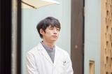 『おかえりモネ』で菅波先生を演じている坂口健太郎(C)NHK