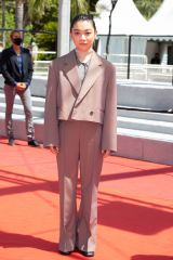 三浦透子=「第74回カンヌ国際映画祭」コンペティション部門出品の『ドライブ・マイ・カー』レッドカーペットにて(C) Kazuko WAKAYAMA